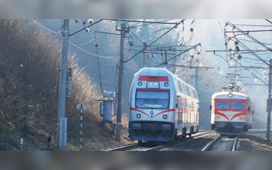 Radviliškyje traukinio kliudyta moteris neišgyveno, ji mirė vietoje