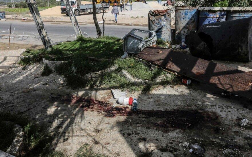 Izraelio kariškiai per susirėmimus Gazos Ruože nušovė du palestiniečius