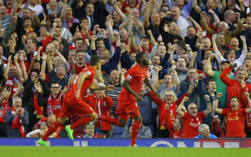"""Nelegalų įvartį įmušęs """"Liverpool"""" išvargo antrą pergalę Anglijoje"""