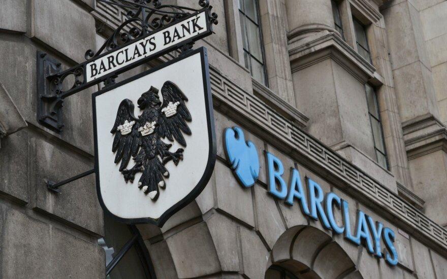 """Buvusiam """"Barclays"""" vadovui panaikinti kaltinimai sukčiavimu"""