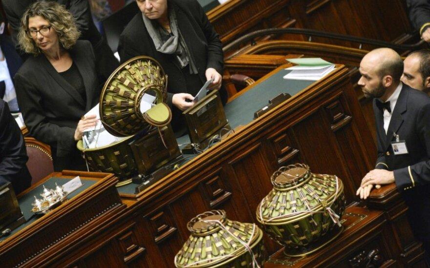 Italijoje išrinkti parlamento rūmų pirmininkai