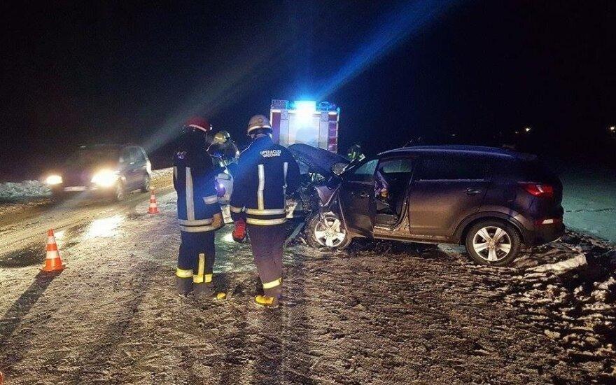 Pagalba kelyje baigėsi tragiškai: įspėjami visi vairuotojai