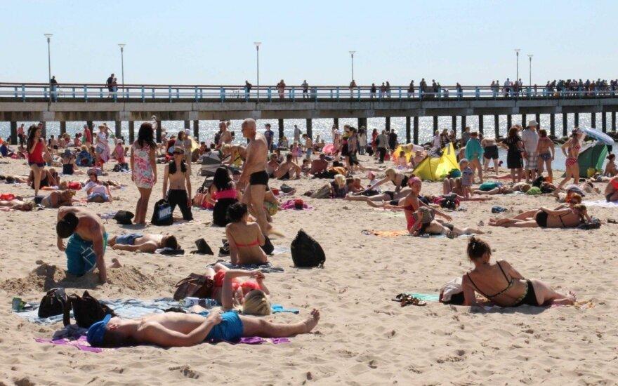 Palygino: pliusai ir minusai atostogaujant Lietuvoje ir užsienyje