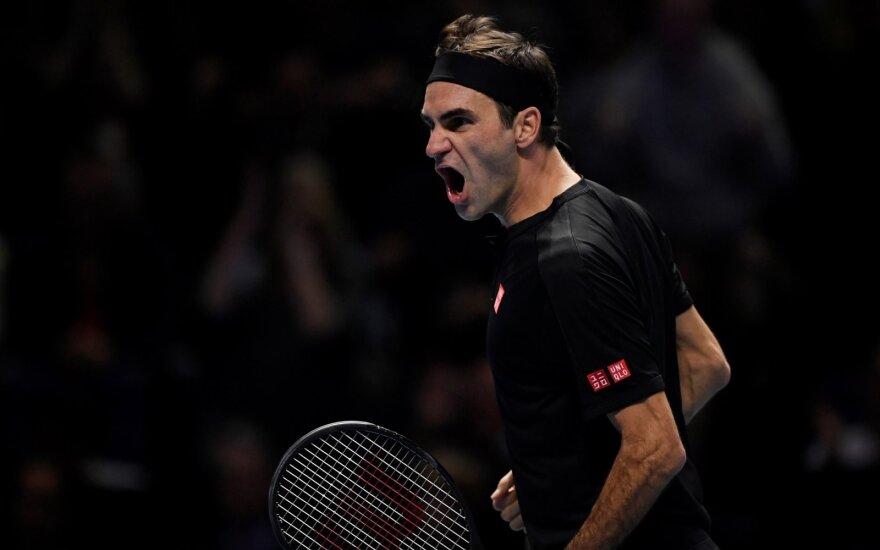 """Federeris eliminavo Džokovičių iš """"ATP Finals"""" turnyro"""