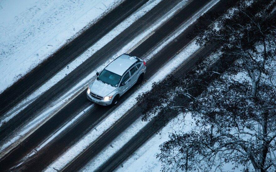 Įspėjo vairuotojus apie pokyčius eisme: šį pavojų daug kas pamiršta