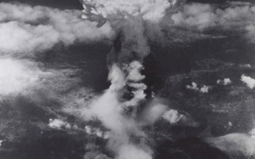 Šešėliai įamžino paskutines žmonių gyvenimo akimirkas sprogus atominei bombai Hirošimoje ir Nagasakyje.