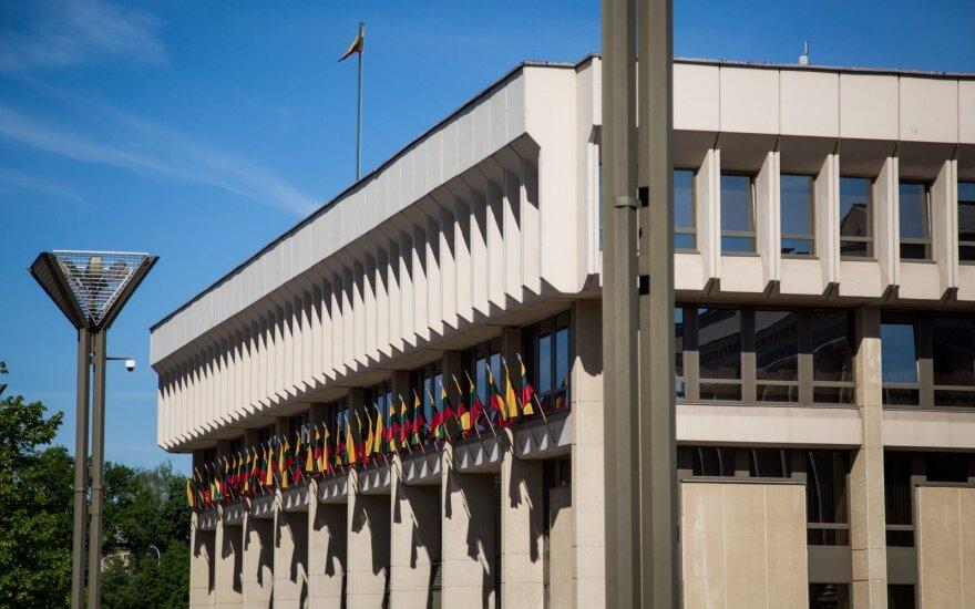 Ministrai Seimui teikia Vyriausybės reformų paketą