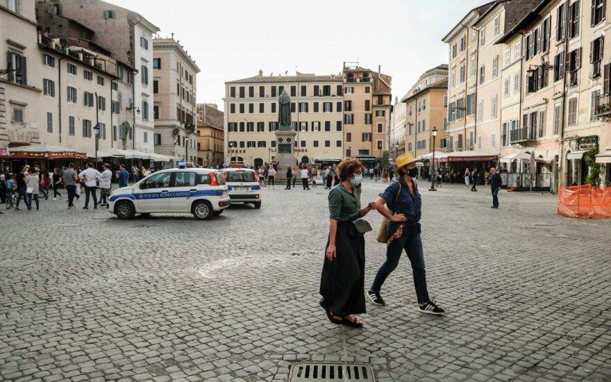 Italijoje ir Ispanijoje – mažiausiai Covid-19 aukų skaičiai per kelis mėnesius
