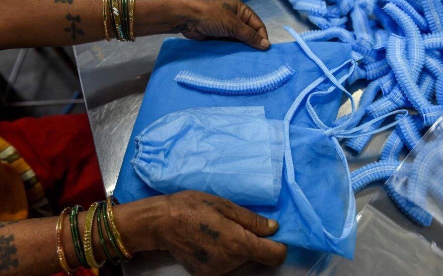 Indijoje užsikrėtusiųjų koronavirusu skaičius viršijo 37 tūkst.