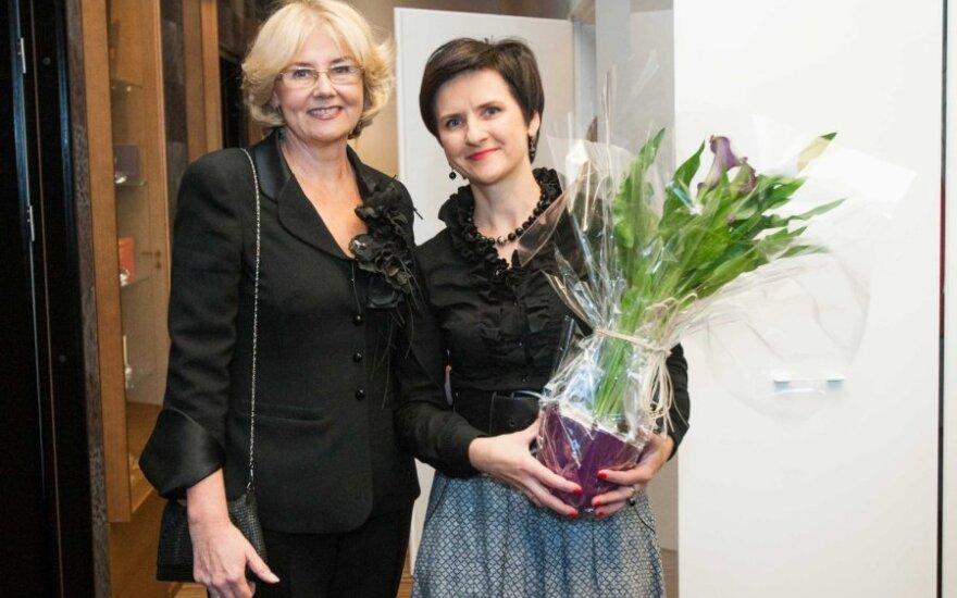 Sabina Repčenkienė (kairėje)