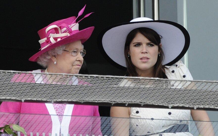 Princesės Eugenie į socialinius tinklus įkeltoje nuotraukoje paviešinta tai, ko pasaulis neturėjo pamatyti