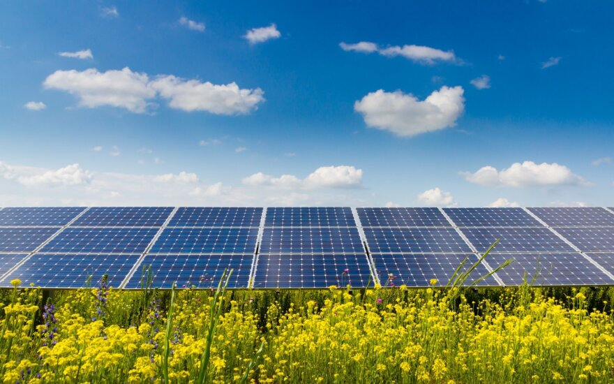 Saulės elektrinėms ir katilams gyventojai prašo 15 mln. eurų