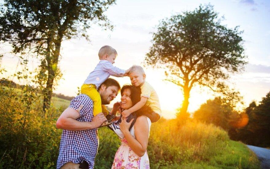 Kodėl šiandien taip sunku būti tėvais