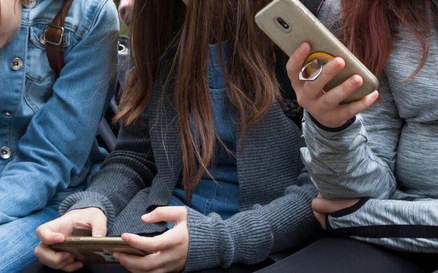 Priklausomybė nuo išmaniųjų telefonų