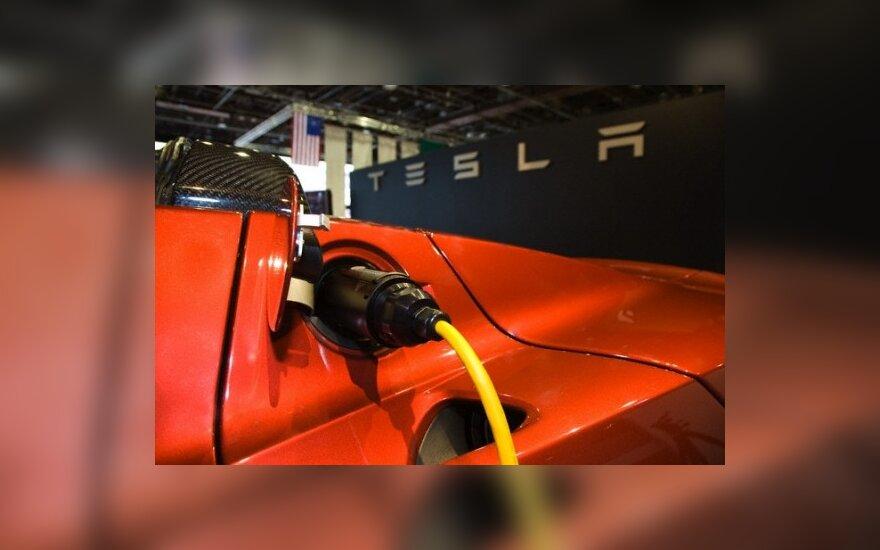 Elektromobilių pirkėjai Britanijoje atgaus 5 tūkst. svarų