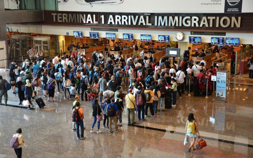25-erių metų vaikinas rėžė: Lietuvai ne apie emigracijos stabdymą reikia galvoti