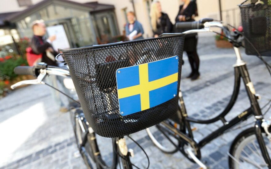 Švedijos ambasada pateikė atsakymą: neneigia perdavusi investuotojų nerimą dėl miškų
