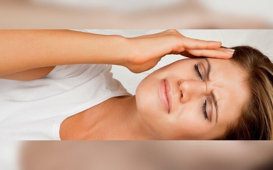 Po Naujųjų sutikimo: vaistininkė pataria, kaip greitai panaikinti bemiegės nakties pėdsakus veide