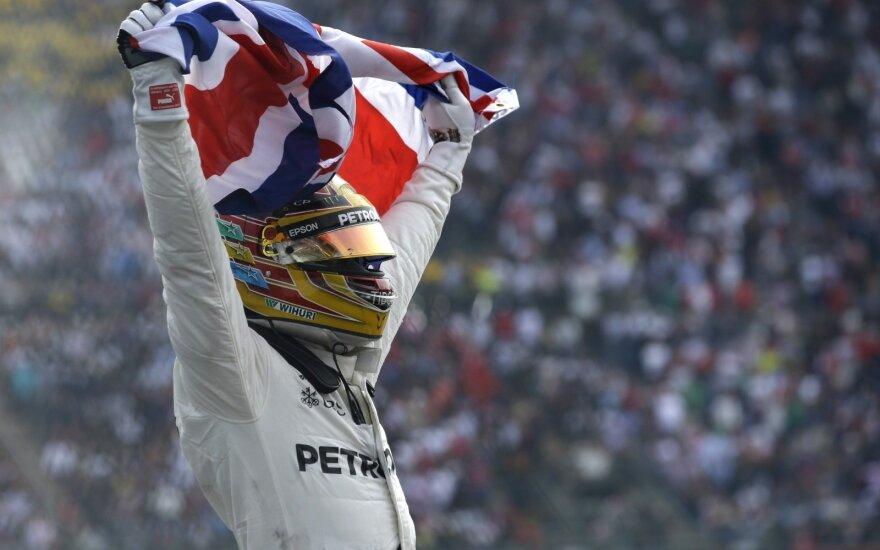 L. Hamiltonas Meksikos GP užsitikrino čempionų titulą