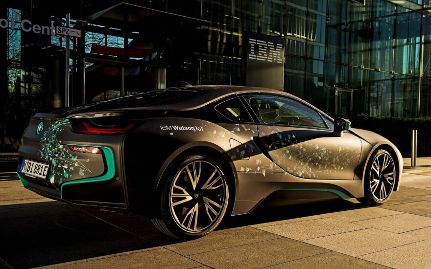 "Demonstracinis ""BMW i8"""