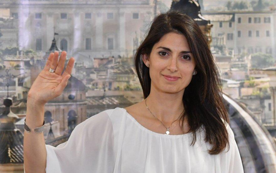 Roma išsirinko pirmąją merę moterį, rodo balsavusiųjų apklausos