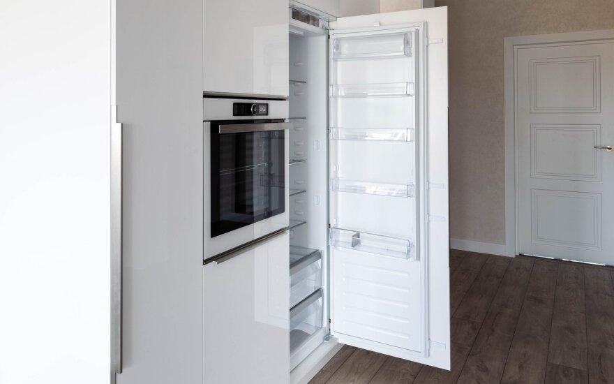 Įmontuotas šaldytuvas