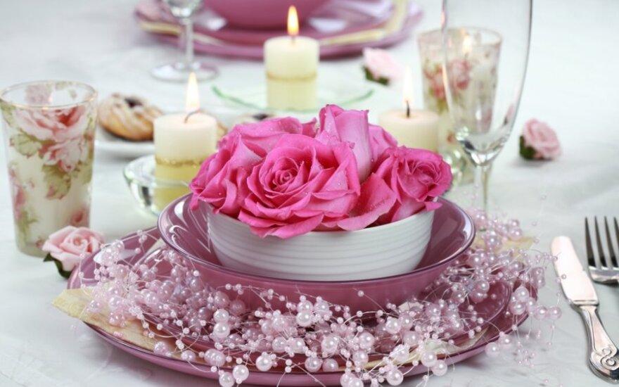 Vestuvių stalo dekoras