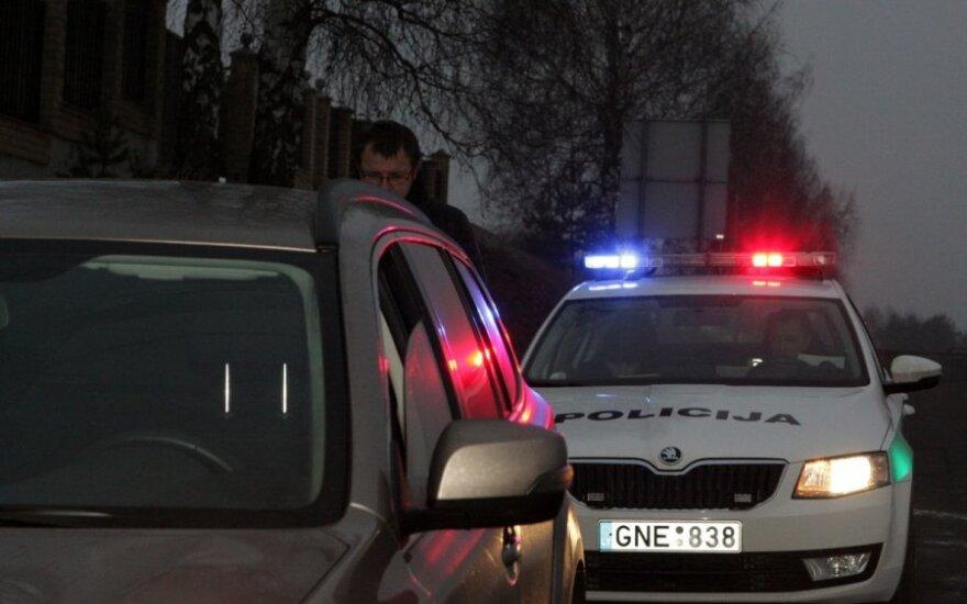 Perspėja vairuotojus apie reidus: KET pažeidėjus stebės ne tik iš automobilių, bet ir pastatų