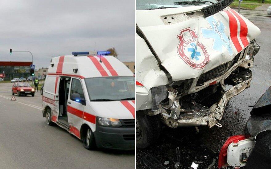 Greitųjų medicinos pagalbos automobilių avarijos