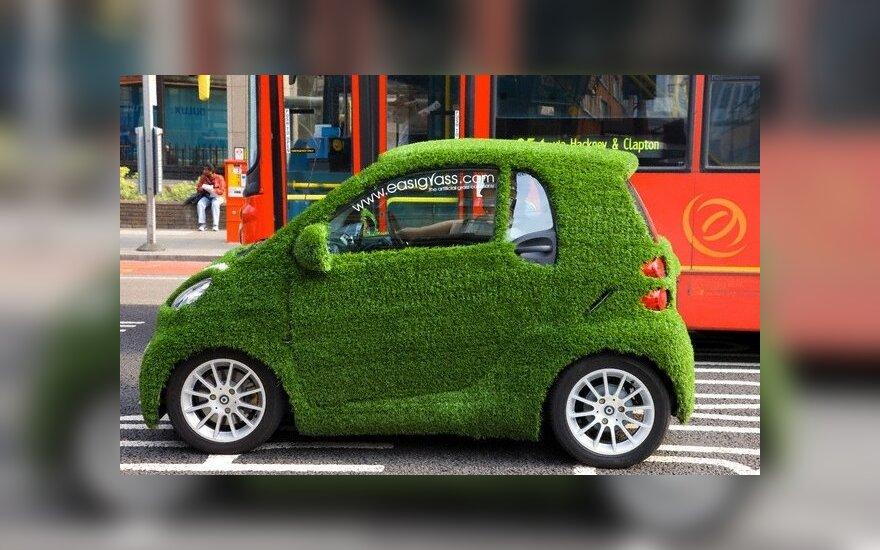 """""""Swedbank"""" siūlys mažesnes palūkanas ekologiškų automobilių pirkėjams"""