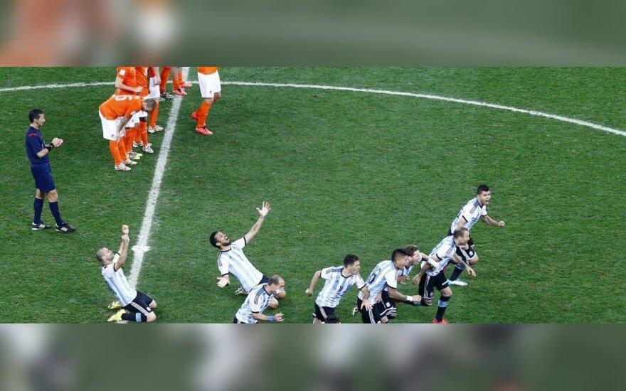 Olandijos ir Argentinos rinktinių futbolininkai