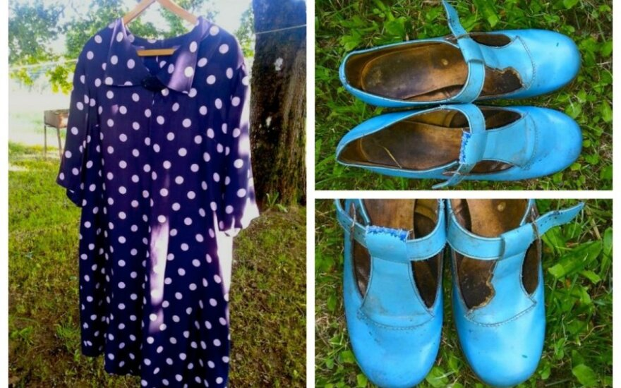 Prisiminimas iš 1989-ųjų - močiutės dėvėta suknelė ir bateliai