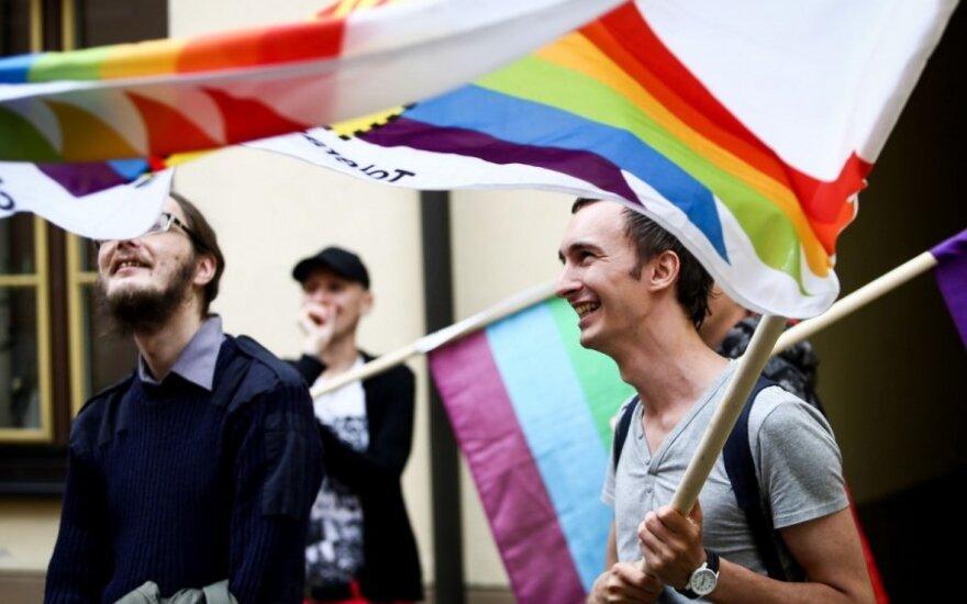 Gėjai ir lesbietės švenčia pergalę: teismas nurodė leisti eitynes Gedimino prospekte
