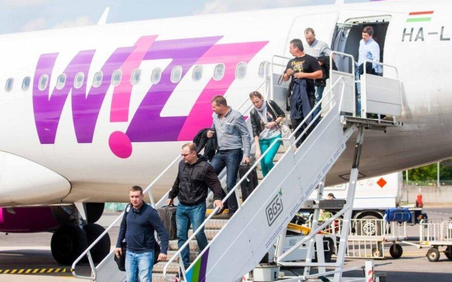 """""""Wizz Air"""" leis naudotis elektroniniais įrenginiais"""