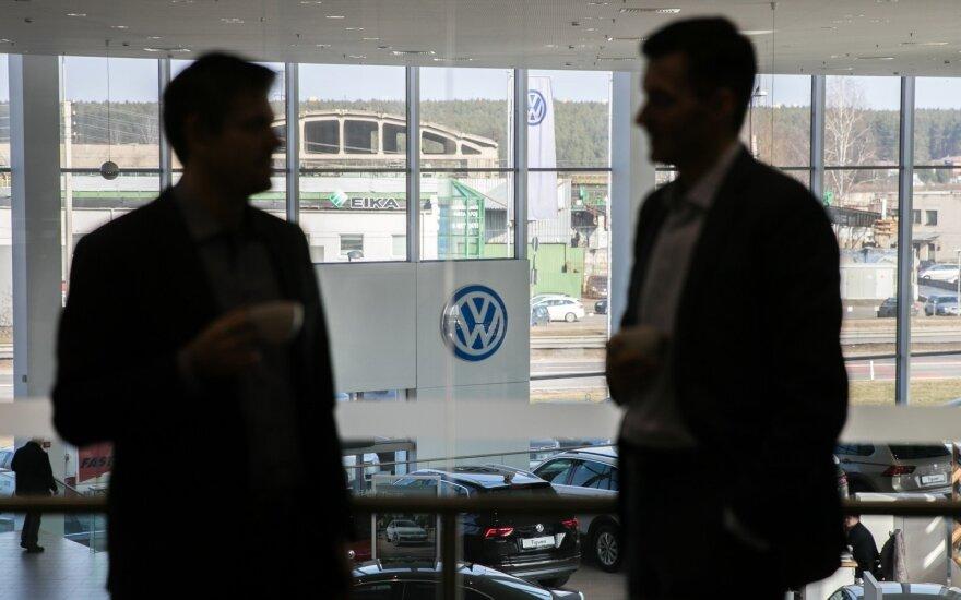 """""""Volkswagen"""" pelnas pernai daugiau nei dvigubėjo"""