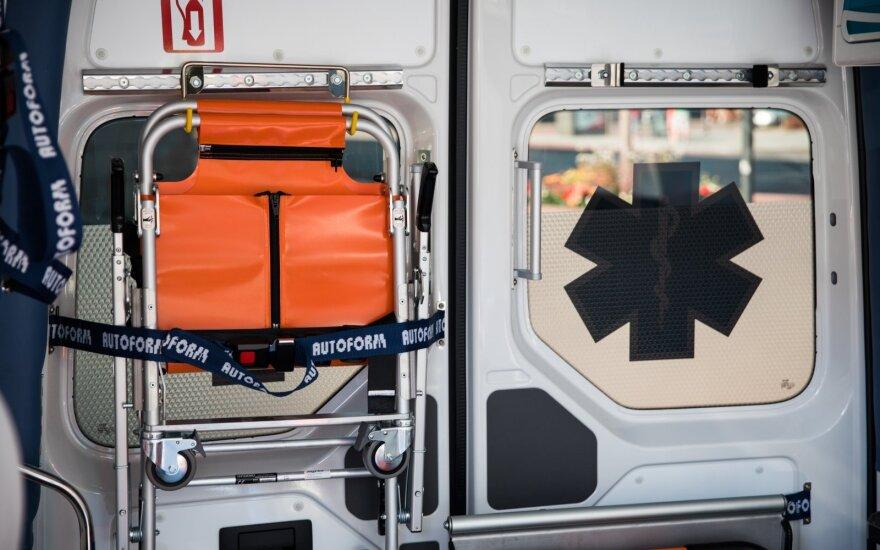 Nelaimė Šiauliuose: ugniagesys partrenkė ir sužalojo savo kolegę