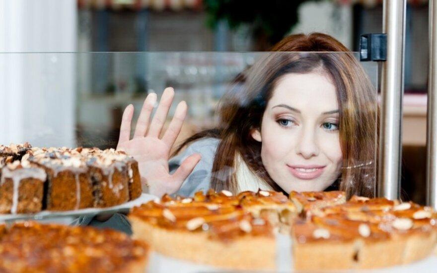 Patarimai metantiems svorį: ką daryti, kai norisi ko nors saldaus