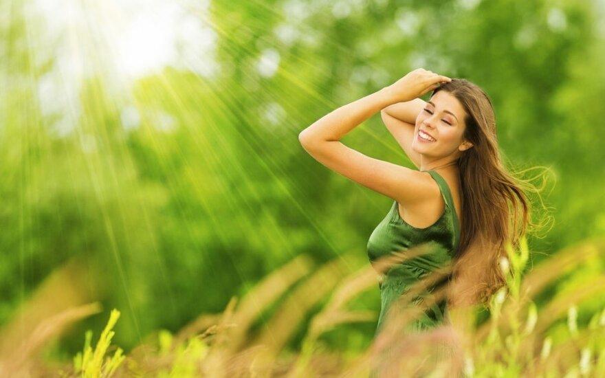 Horoskopas liepai: laukia įdomus ir nuotaikingas mėnuo