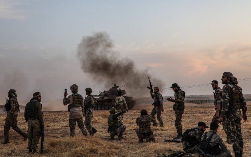 Turkijos kariai ir Turkijos remiami sirų kovotojai