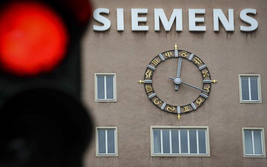 """ES ketina išplėsti sankcijas Rusijai dėl """"Siemens"""" turbinų transportavimo į Krymą"""