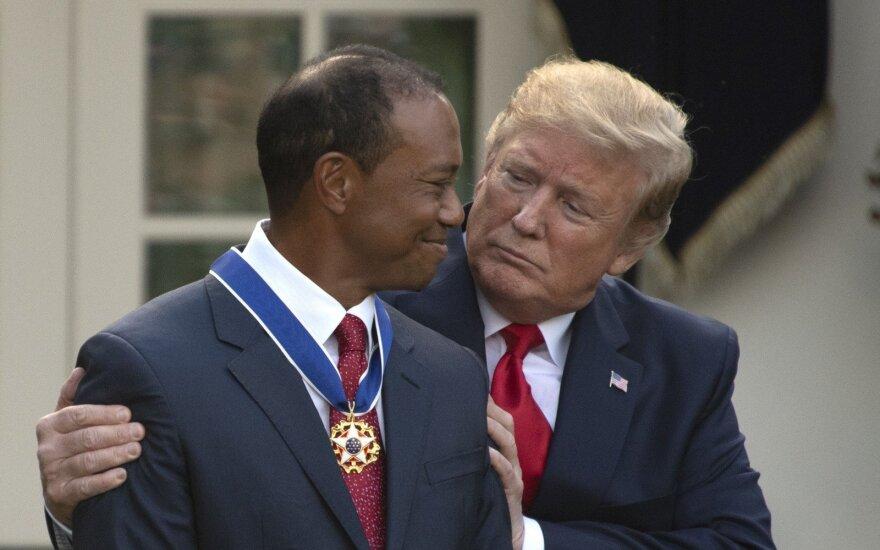 Tigeris Woodsas, Donaldas Trumpas