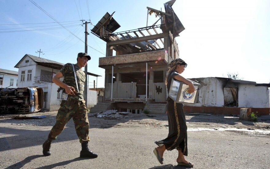 Uzbekistanas renka antrąjį per savo istoriją prezidentą