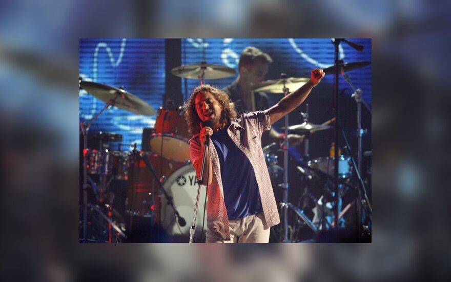 """C.Crowe kurs filmą apie """"Pearl Jam"""""""