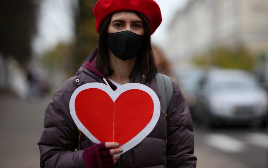 Baltarusijoje – 1 564 nauji COVID-19 atvejai, septyni pacientai mirė