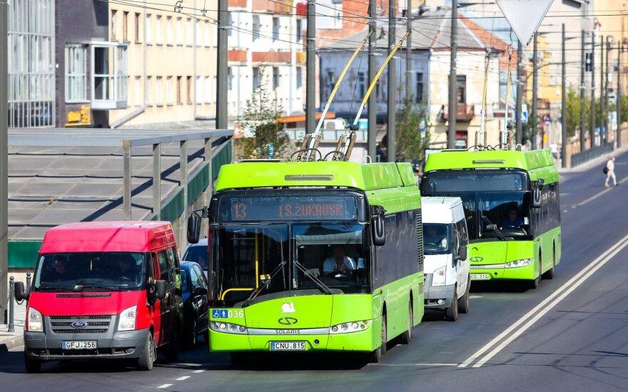 Sumažėjus keleivių, koreguojami Kauno viešojo transporto eismo grafikai