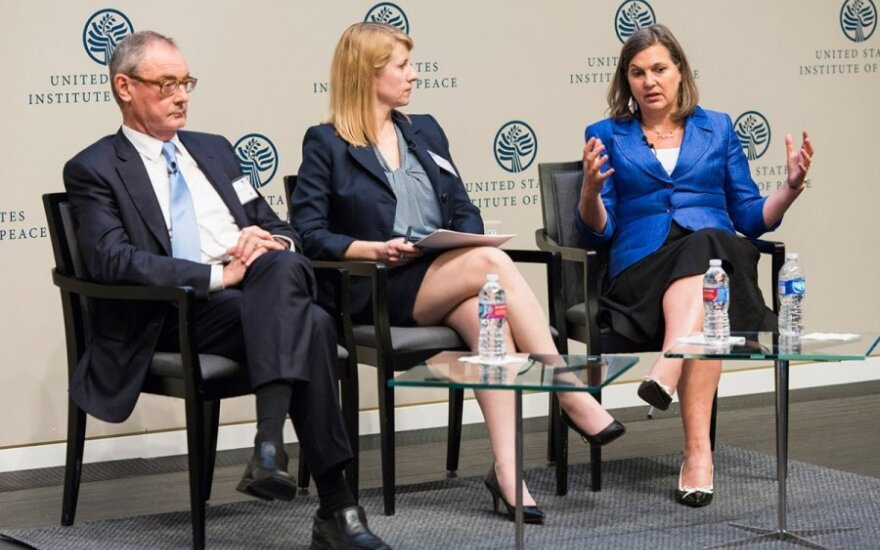 Ambassador David O'Sullivan, moderator Heather Conley and Victoria Nuland   Photo Ludo Segers