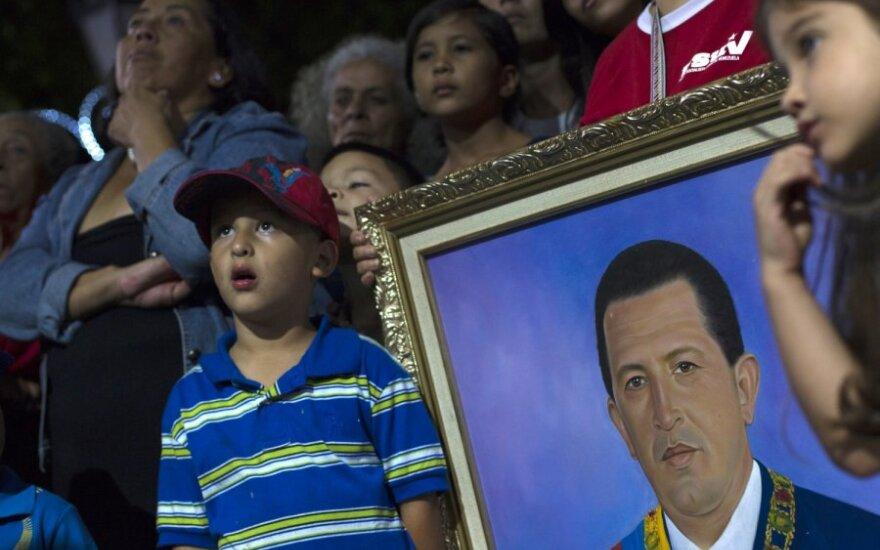 Meldžiamasi už Venesuelos prezidento H.Chavezo sveikatą