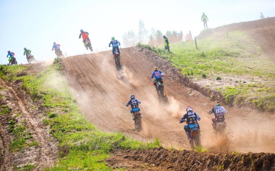 Motokroso varžybose Šiauliuose susirinko daugiau nei 200 sportininkų