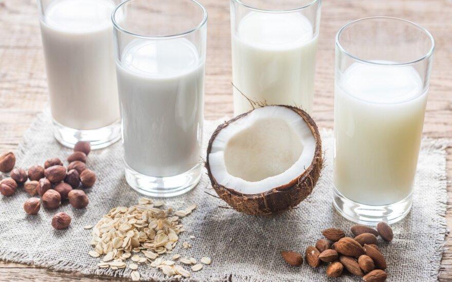 Koks pienas turi daugiausia vitaminų ir naudingų medžiagų?