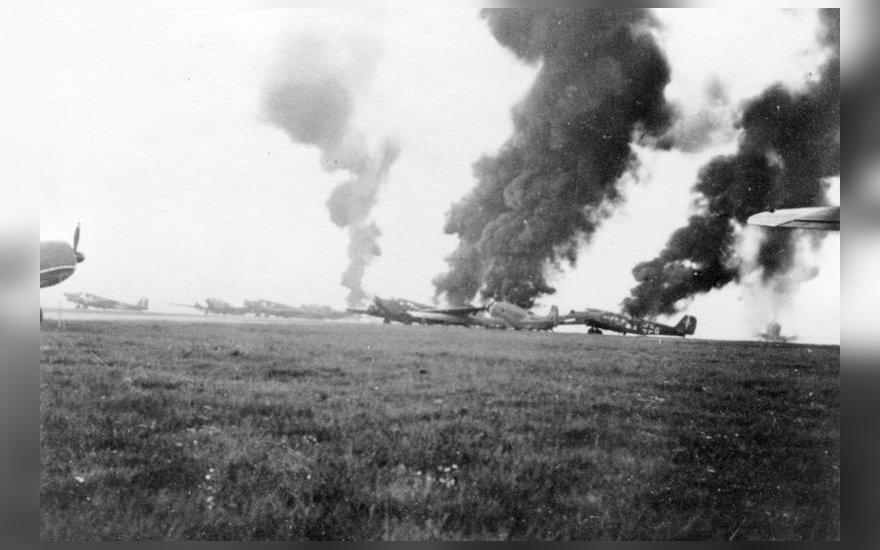 Nacių orlaiviai sunaikinti Nyderlandų oro gynybos priemonėmis